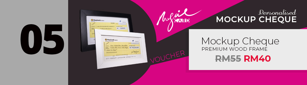 05 Voucher - Mockup Cheque Premium Wood